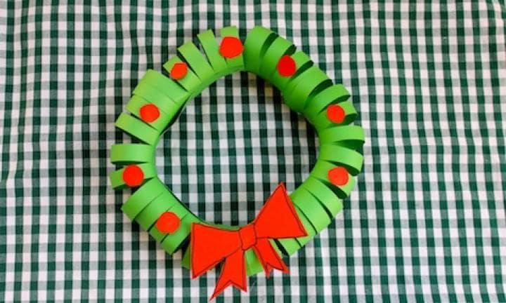 15 Easy Paper Christmas Wreath
