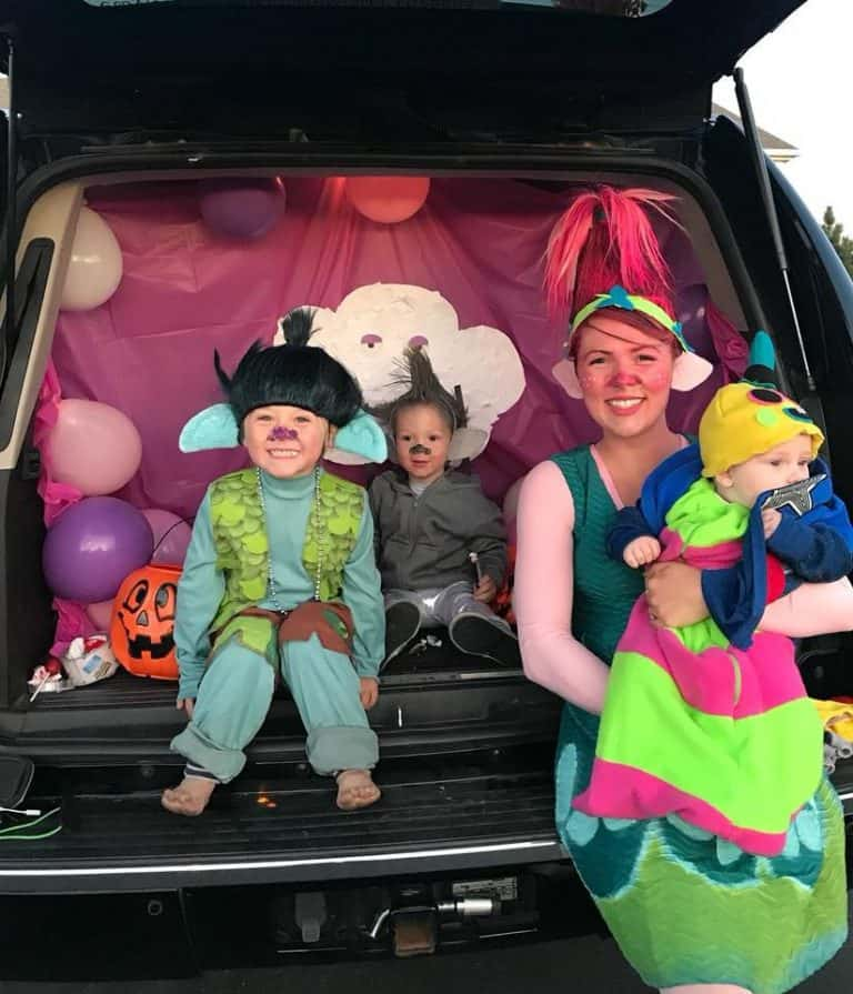 21 Trolls Family Costumes