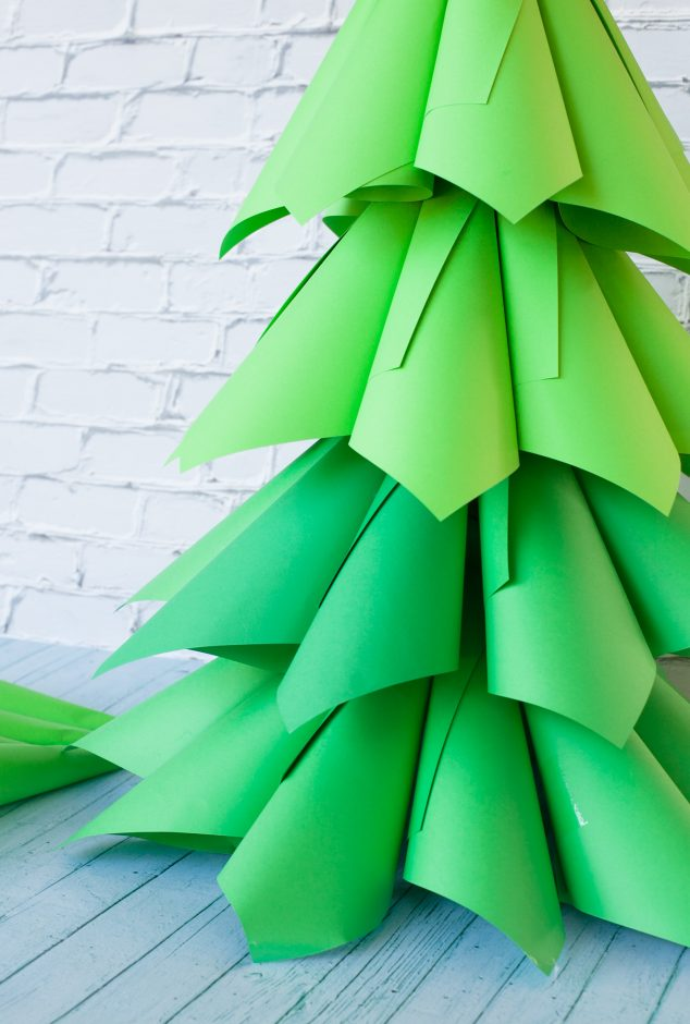 22 Giant Ombre Paper Cone Christmas Trees