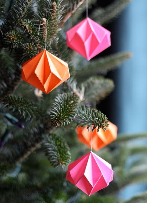 25 Origami diamond ornaments