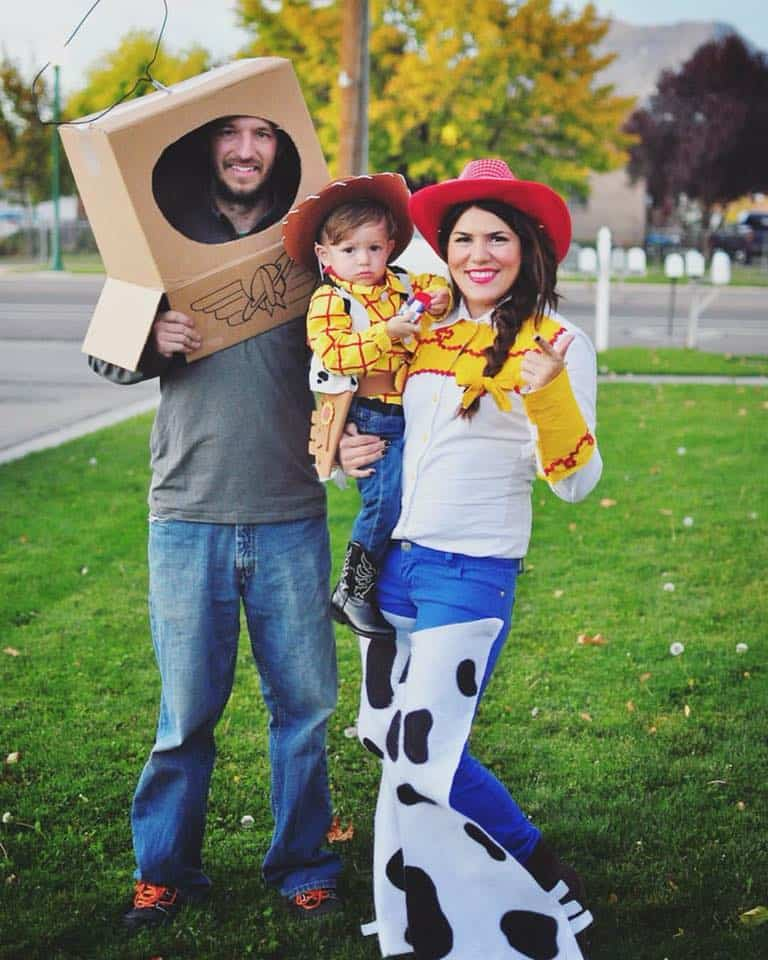 7 Toy Story Family Halloween Costumes