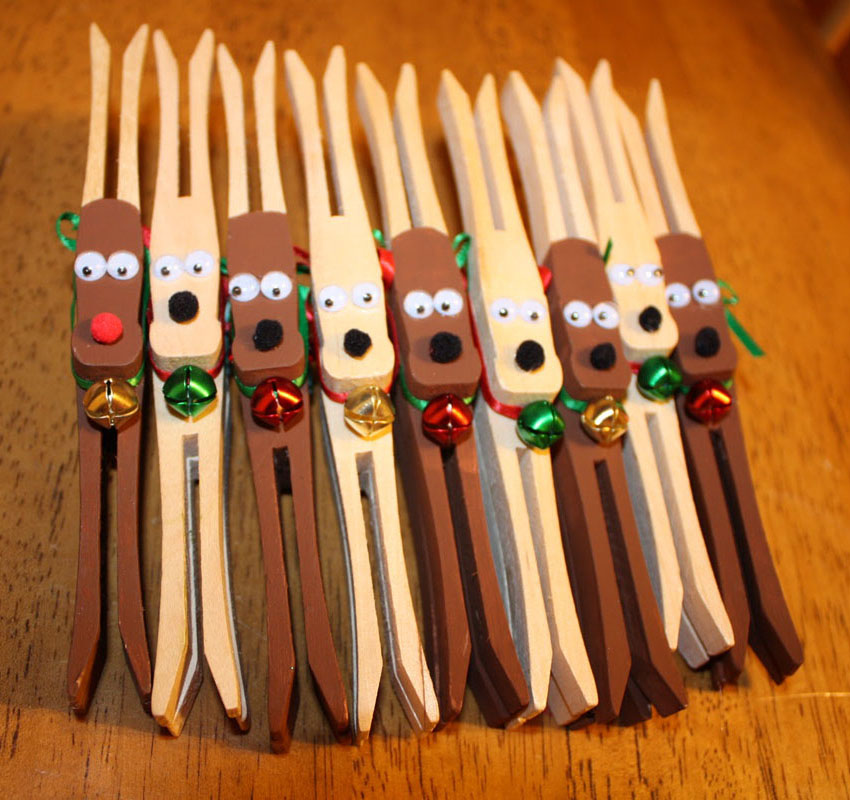 1 Clothespin Reindeer Ornaments