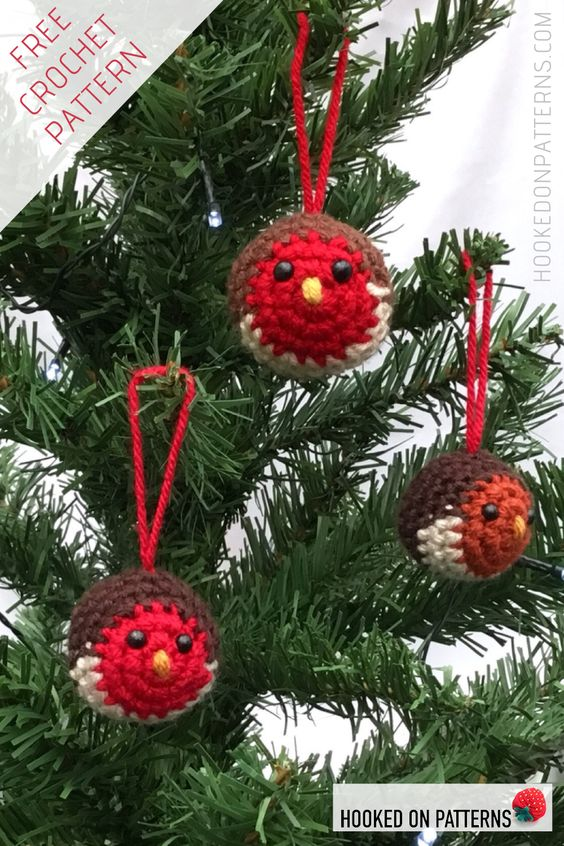 17 Christmas Tree Baubles