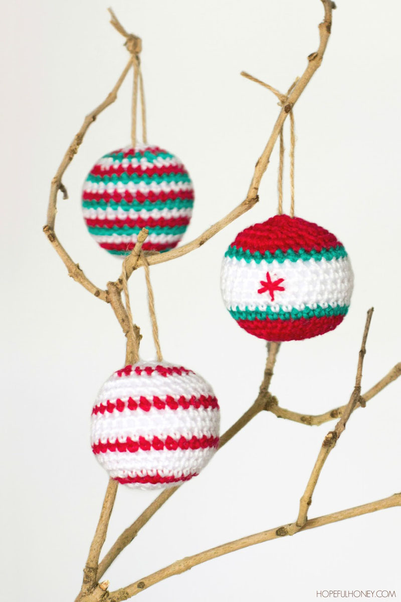 19 CROCHETED CHRISTMAS BAUBLES