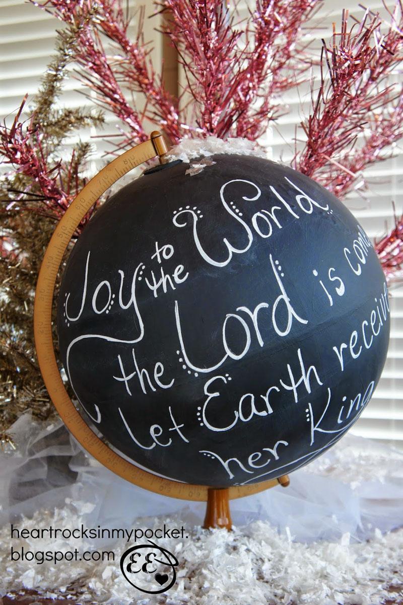 20 Christmas Chalkboard Globe