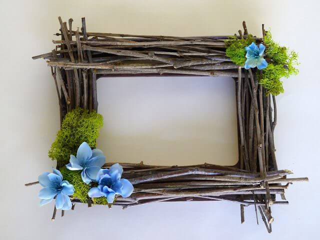 21 Twig Picture Frame