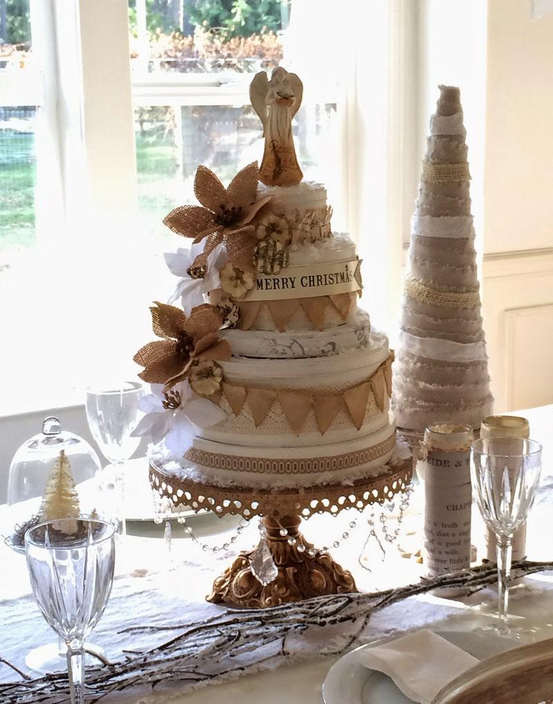 22 Christmas Cake Centerpiece