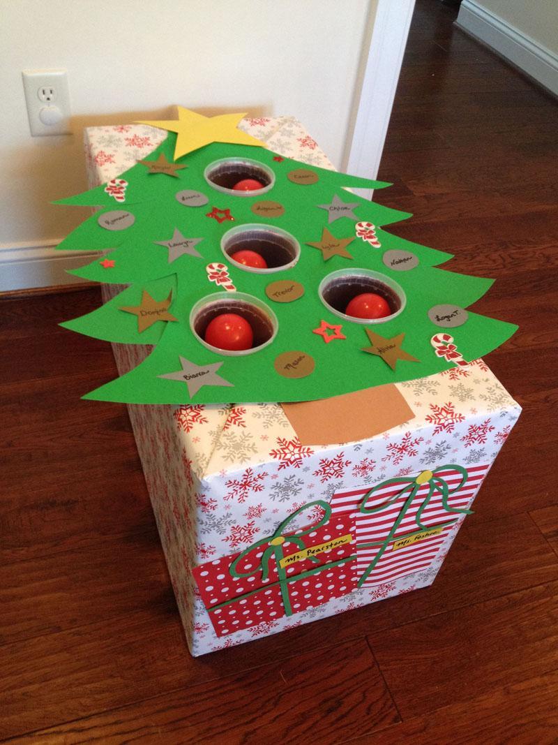 27 Christmas tree ball toss game