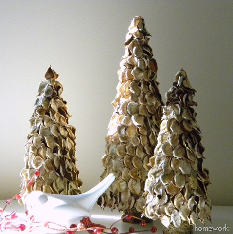 8 Potpourri Christmas Trees
