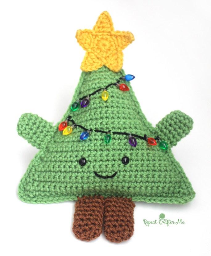 11 Cuddly Crochet Christmas Tree