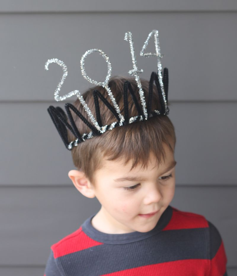 16 New Years Eve Crown