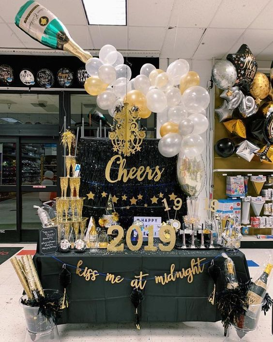 20 New Year 2019 table Inspiration
