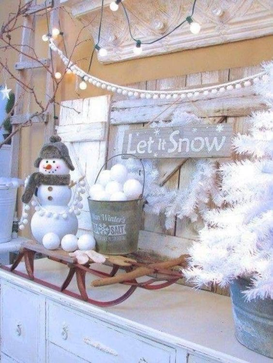 8 Winter Decor After Christmas