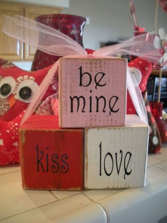18 Valentines Day Decorations