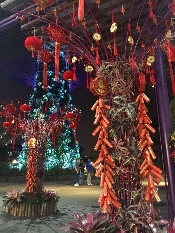 24 Outdoor Chinese New Year Decoration