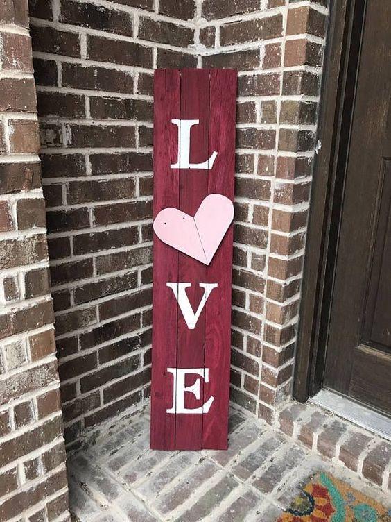 4 Valentines Day Decorations