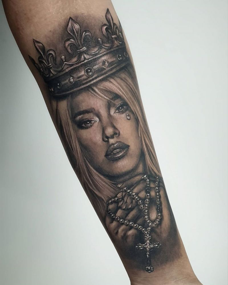 30 Pretty Crown Tattoos You Should Not Miss