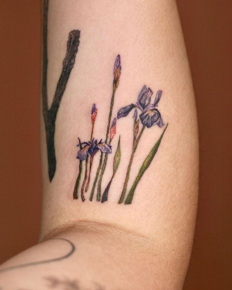 30 Elegant Iris Tattoos Make You More Charming