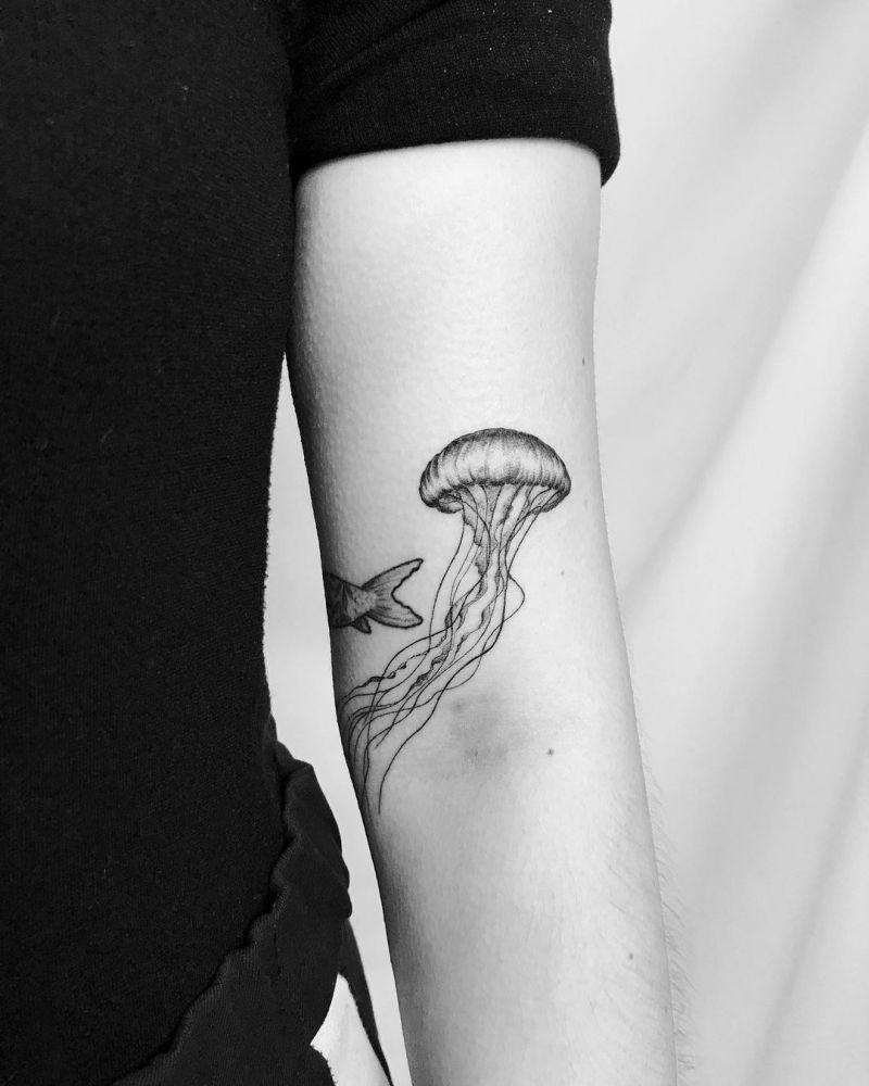 30 Pretty Jellyfish Tattoos You Must Love