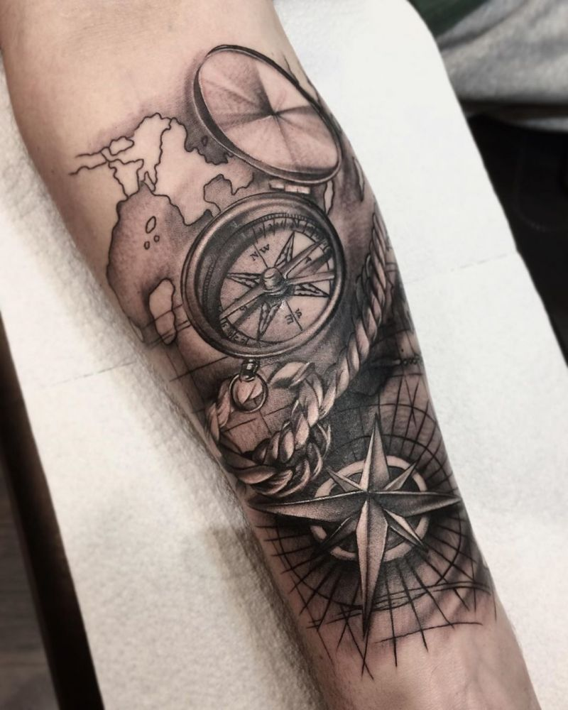 30 Pretty Compass Tattoos You Must Try