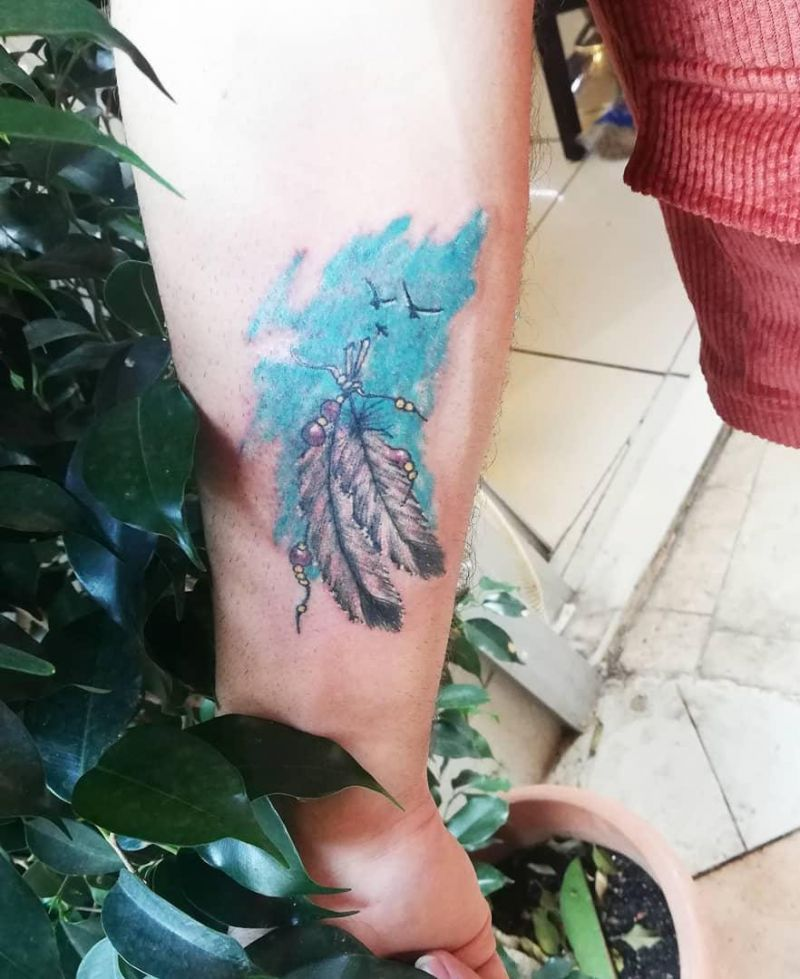 30 Pretty Feather Tattoos You Must Try