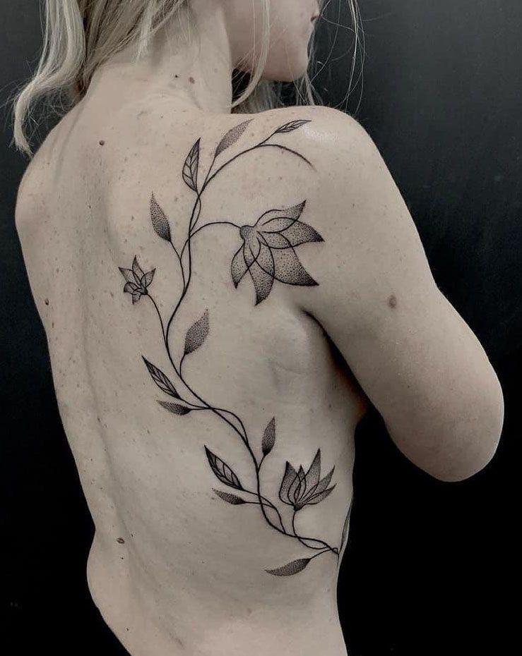 30 Elegant Vine Tattoos You Must Try